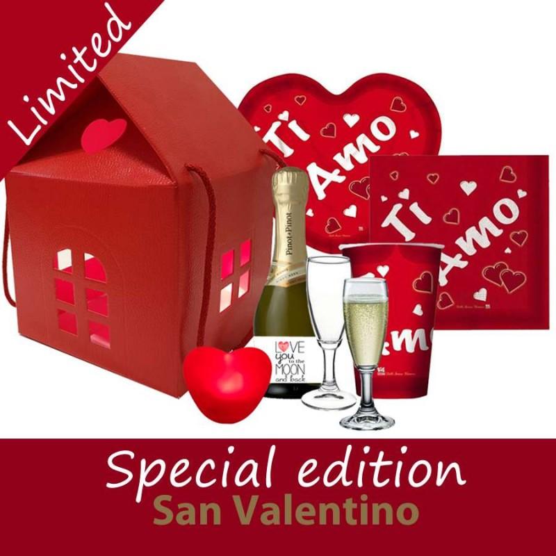 Scatola Regalo San Valentino.Allestimento Tavola San Valentino Rosso Ti Amo Con Scatola Regalo Casetta