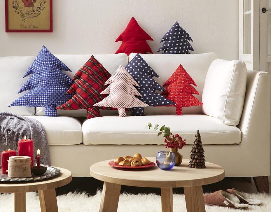 come addobbare casa a natale ghirlande addobbi festoni originali. Black Bedroom Furniture Sets. Home Design Ideas