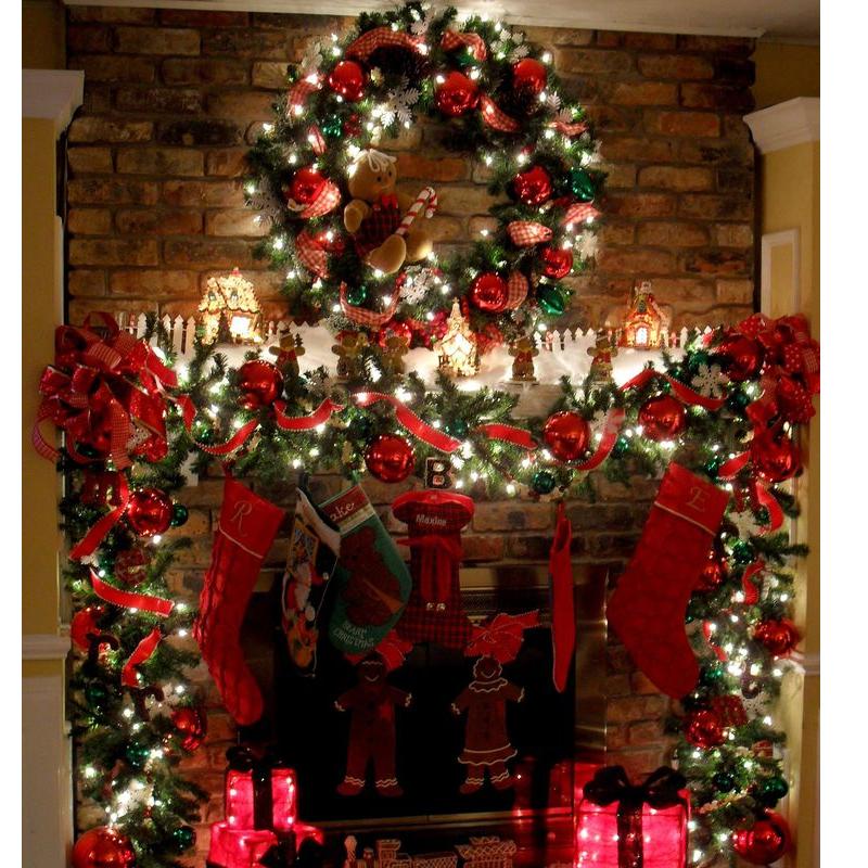 Decorazione Camino Natale