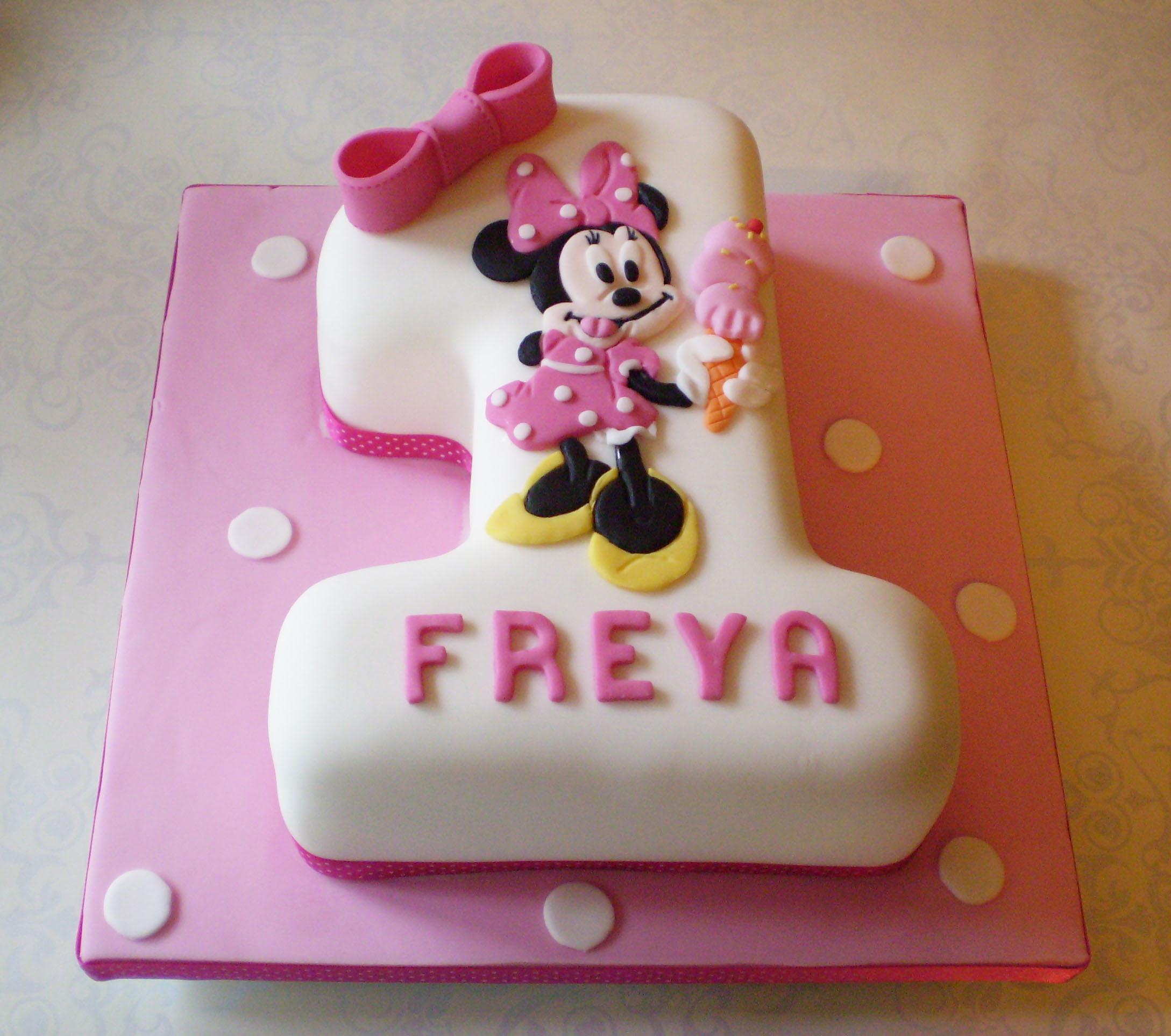 Torta Minnie Topolina | 15 torte di compleanno decorate in pdz