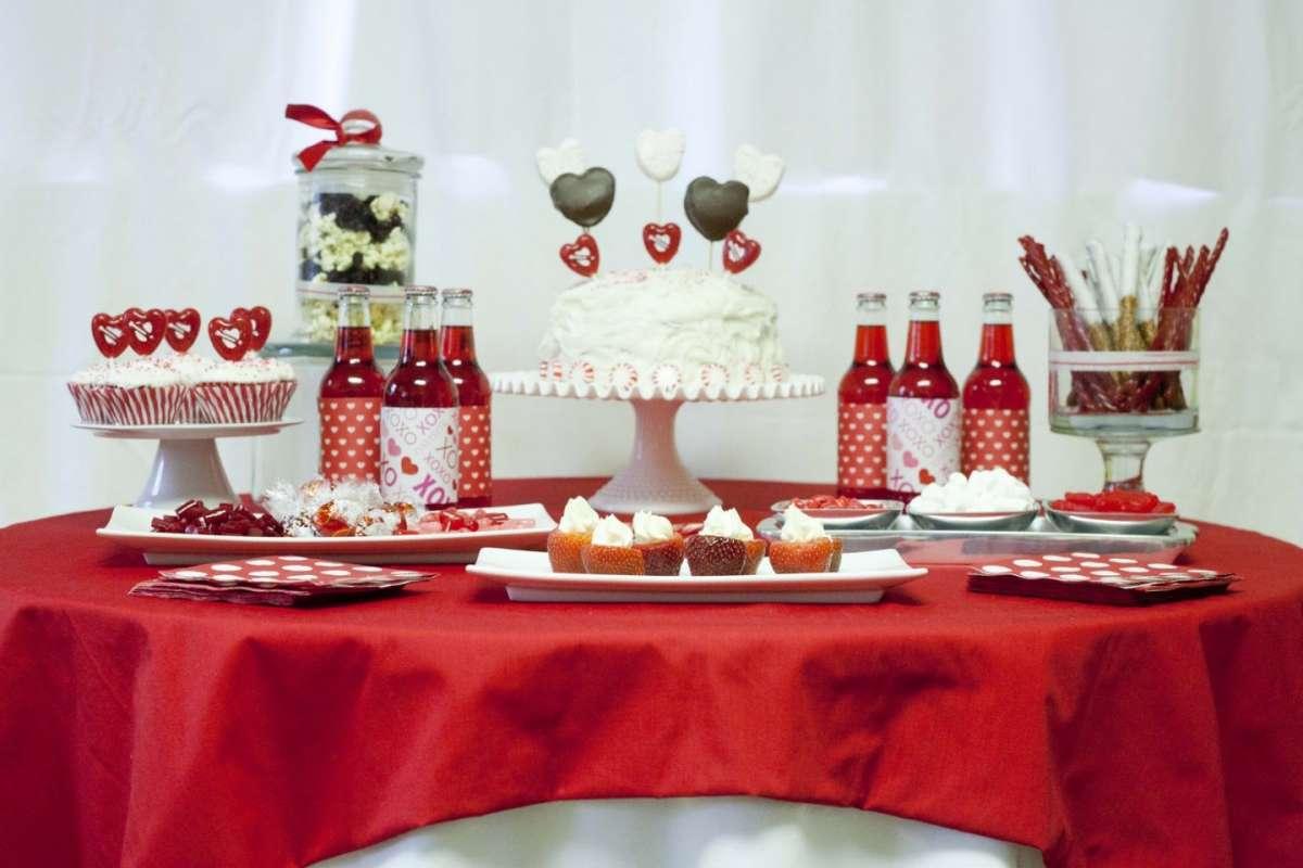 San Valentino Tavolo.Tavola San Valentino Idee Romantiche Per Apparecchiare Con