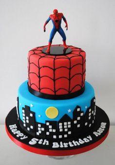 Torta Spiderman con candelina in cera
